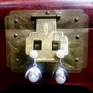 Vintage 1950s White Akoya Cultured Pearl Earrings
